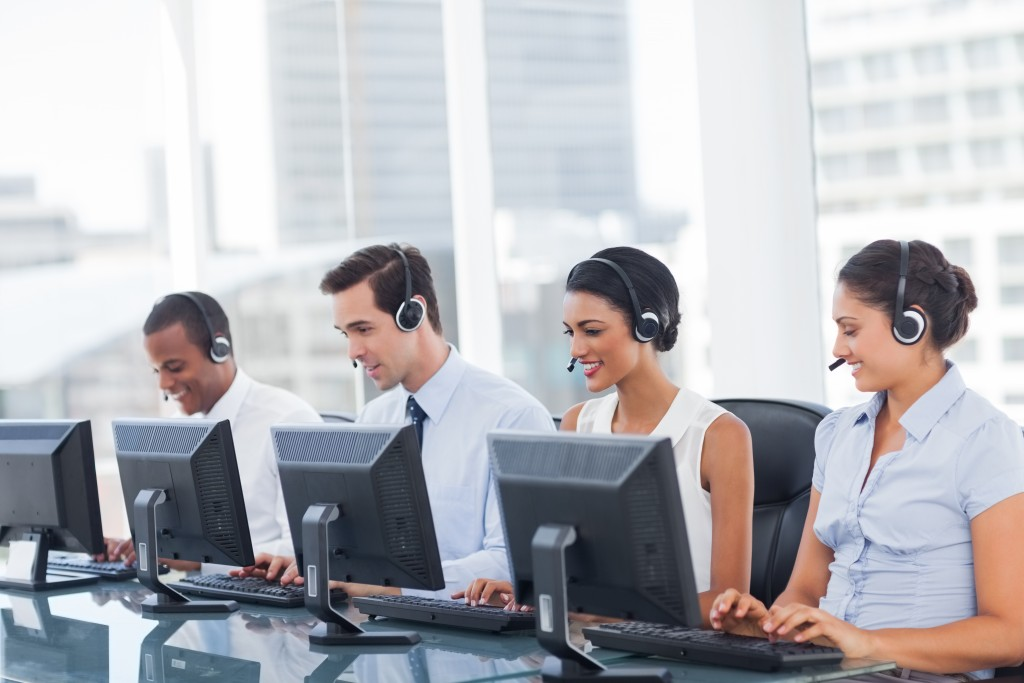 Call Answering or Call Center Services? Solve the Dilemma