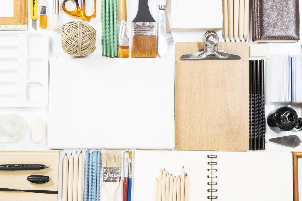 art materials and supplies